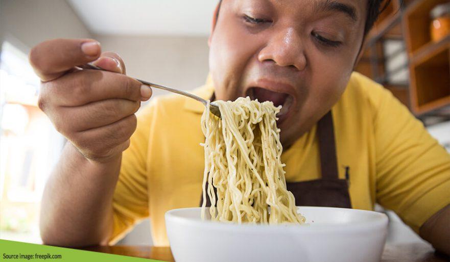 Sudah Tahu Bahaya Mengonsumsi Mie Instan Terlalu Sering? Berikut Pembahasannya